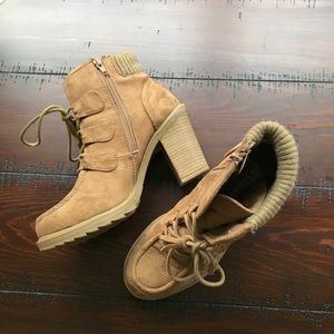 MUDD size up ankle boots size 8